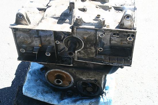 76 78 HONDA GOLDWING GL1000 ENGINE MOTOR CASE SET CRANKCASE OEM